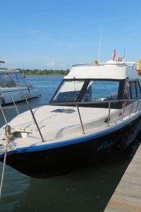 バリの 海 プライベート ボート チャーター