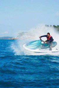 バリ ジェット スキ― バリの 海 で 自由 自在 魅力 ビーチ アクティビティ