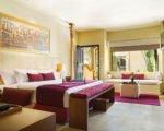 ヌサドゥア 地区 の ホテル ビーチ の 前 に 高級 ホテル リゾート