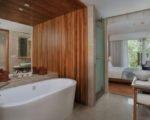 Maya-Sanur-Deluxe-Garden-View-Bathroom-1024x683Gal2