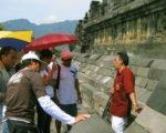 ボロブドゥール 寺院 ツアー Bewish スタッフ 楽しい 社員 旅行