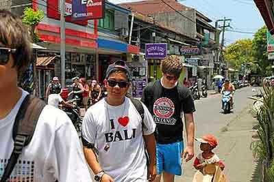 オーストラリアの観光客, バリ島ニュース, オーストラリア人観光客