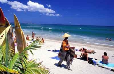バリ島ニュース, オーストラリア人観光客、バリ訪問