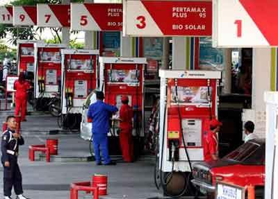 インドネシア燃料値上げ