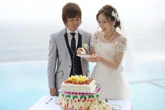 ウェディングケーキ、バリ島挙式