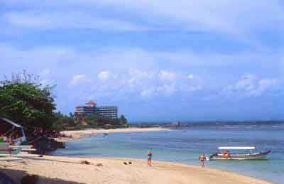 サヌールビーチ、バリ観光、観光地, LOVEバリ