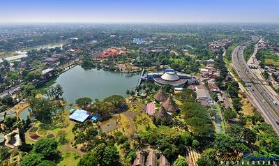 ジャカルタ観光、インドネシア